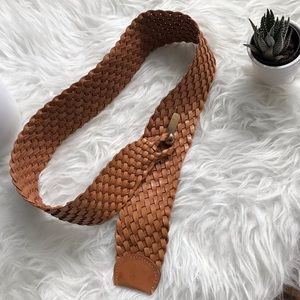 Lands End | vintage 1980s leather braided belt